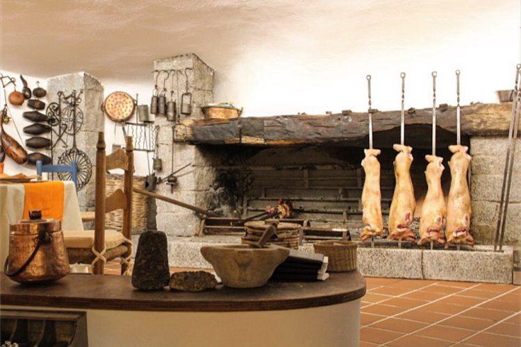 De Openhaard In Het Restaurant