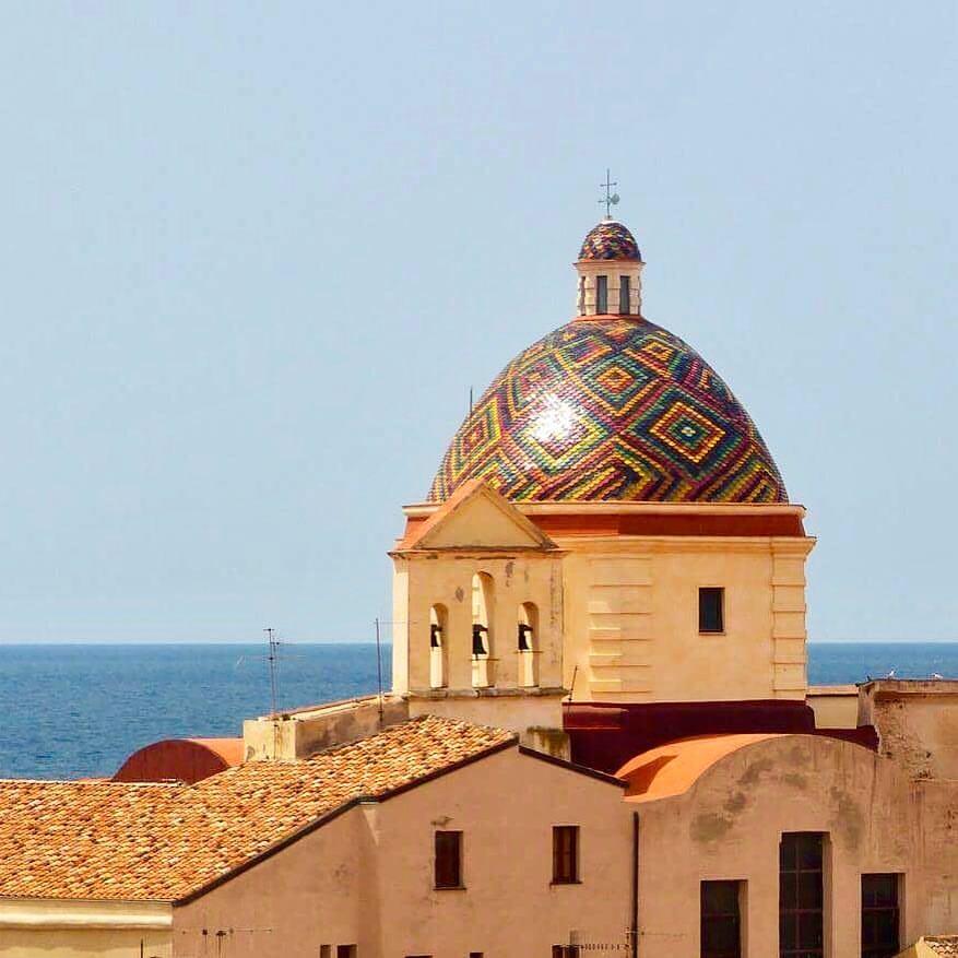 Alghero Door De Ogen Van Een Kunstenaar Dit Is Het Alghero Van Gianni Nieddu Ik Neem Je Mee Naar Sardinië