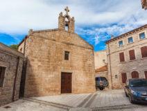 Luras, Kerk Van San Pietro Apostolo (Photo Credit: Gallurago.com)